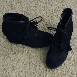 Black Wedge Booties Dallyy